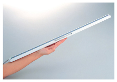 Slim body of just 13 mm 0.512 in thick